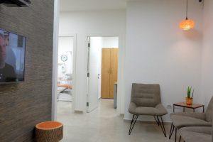 חדר המתנה במרפאת שיניים של ד''ר אילנית לופו בכפר סבא