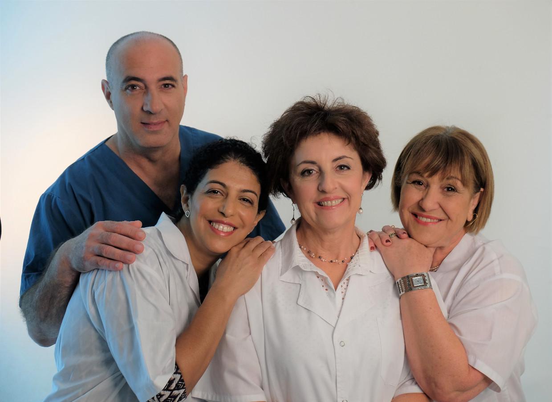 הצוות שלנו, מרפאת שיניים בכפר סבא, ד''ר אילנית לופו רופאת שיניים